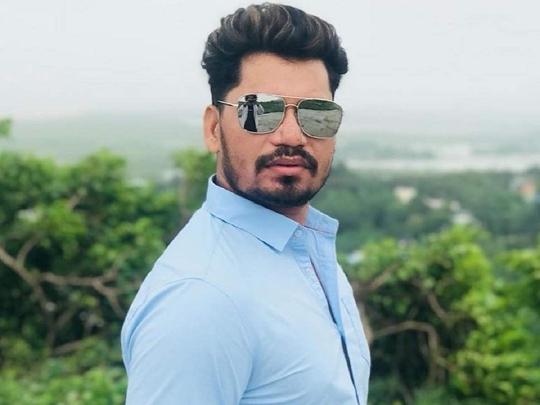 Samar Singh-Pravesh Lal Will Entertain Audience incoming Film  Bhagwan Hazir Ho
