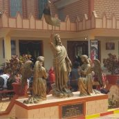 Infant Jesus Church At Shantiniketan Installs  Stations Of The Cross Draws People Of All Faiths