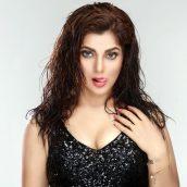 Actress Smriti Sinha's Latest Photos Are Increasing The Heat In Winter Season